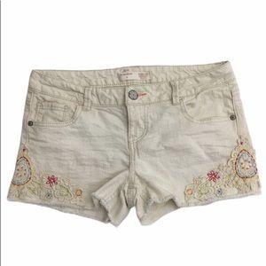 No Boundaries Crocheted Flower Cream Denim Shorts